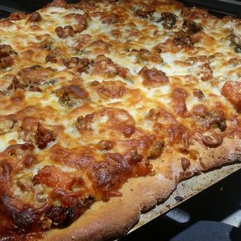 Bubbles Sourdough Pizza first overview