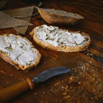 Hans Rye beer loaf first slice