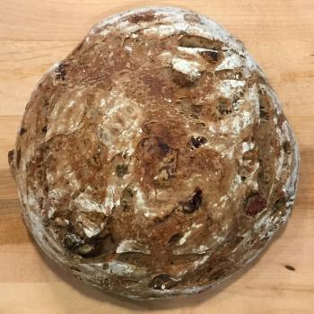 Hubert Pain au Levain, Canneberges, et Noix  first overview