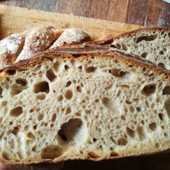 Jan II Bread first slice