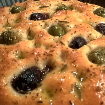 Katerina's Prozymaki Focaccia with Rosemary & Olives, Dinner Rolls second overview