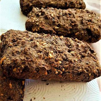 Kvásoček Poppy bread with nuts, sunflower, buckwheat second slice