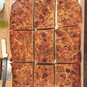 Mom Focaccia first overview