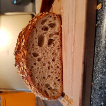 Mooswief Oat bread second slice