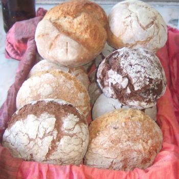 Pão com Alma Gluten Free Bread, Carob bread, Spelt Bread, Rye Bread, Mix Bread with seeds second slice