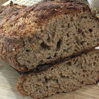 Pica Multigrain bread first slice
