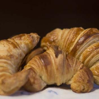 submama Croissants first overview