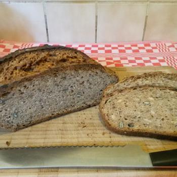 SWN Spelt breads first slice